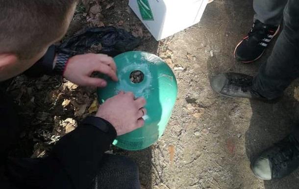 В Тернопольской области нашли 400 кило янтаря в баллонах