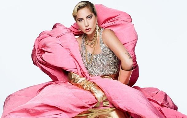 Гага призналась, что роман с Купером был фейком