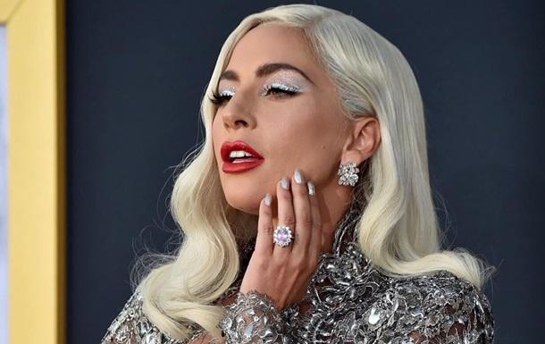 Гага рассказала об изнасиловании и психических болезнях