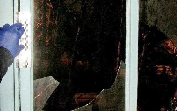 У Харкові на балкон квартири кинули пляшку із запальною сумішшю
