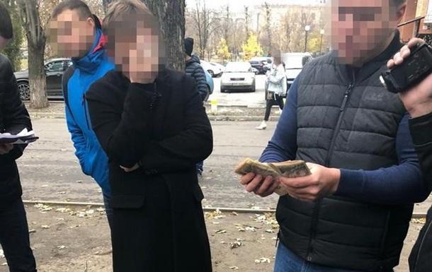 В Харькове чиновников Госэкоинспекции поймали на взятке в 250 тысяч