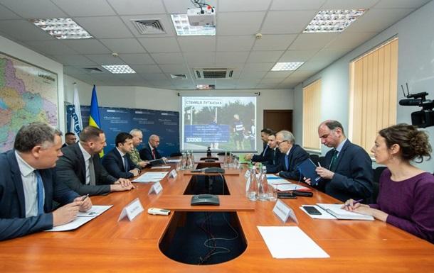 Зеленський обговорив з ОБСЄ розведення на Донбасі