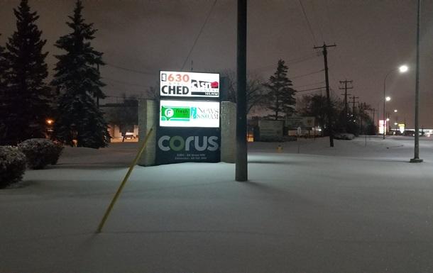 Майже 180 ДТП сталося в канадському місті через снігопад