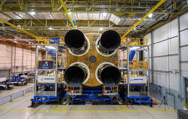NASA завершує створення ракети для відправки на Місяць