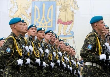 В Украине отменяют обязательную воинскую службу