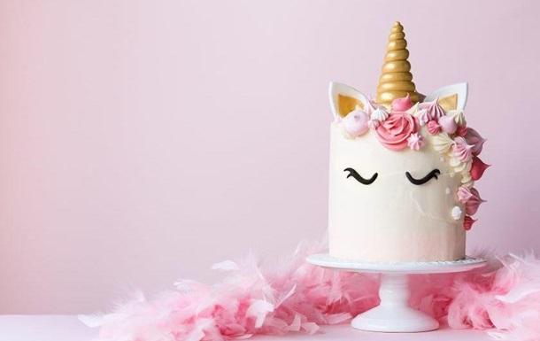 Американка получила непристойный торт на день рождения пятилетней дочери