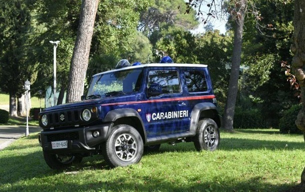 Итальянские карабинеры закупили мини-внедорожники