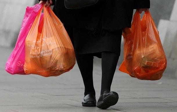 В Украине планируют запретить пластиковые пакеты