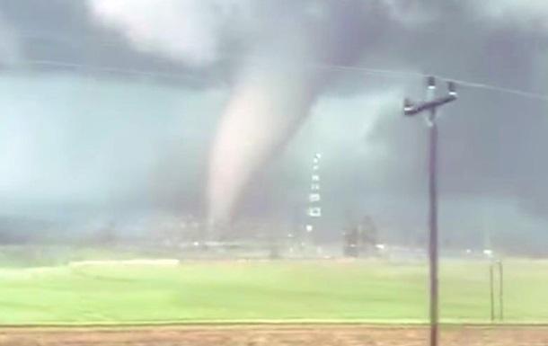 В ЮАР пронесся мощный торнадо