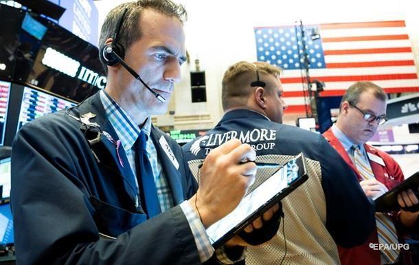 Биржи США закрылись преимущественно в плюсе