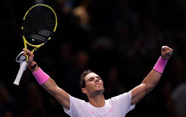 Итоговый турнир ATP: Надаль обыграл Медведева, Циципас - Зверева