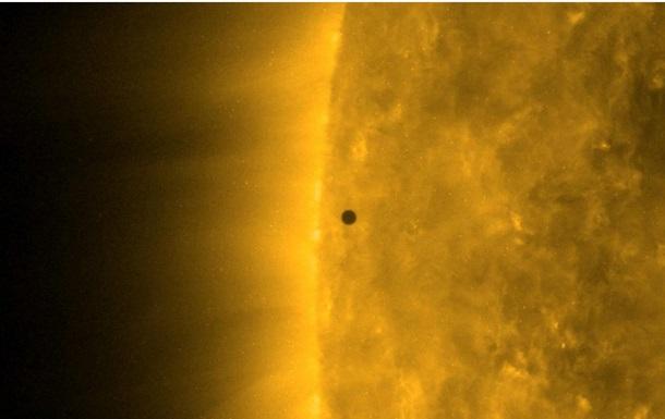 Транзит Меркурия по диску Солнца сняли на видео