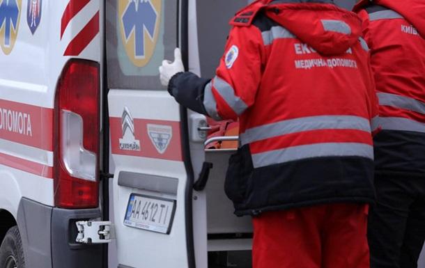 Розбірки на дорозі в Києві закінчилися серйозною аварією. 18+