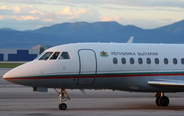 Літак з прем єром Болгарії екстрено сів через поломку