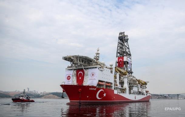 Турция продолжит разведку месторождений на Кипре вопреки санкциям ЕС