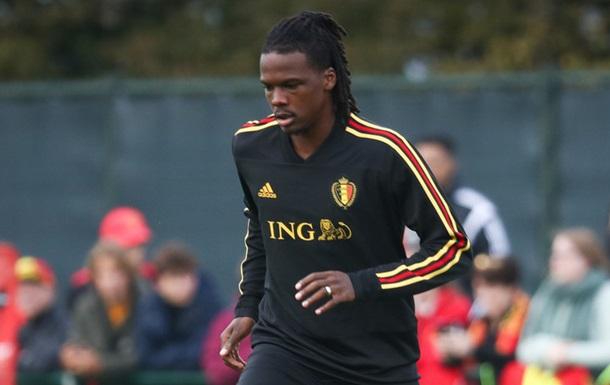 Футболіст збірної Бельгії десять хвилин грав в чужій футболці
