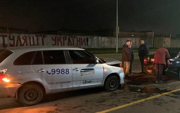 В Киеве водитель Uber устроил тройное ДТП, есть пострадавшие