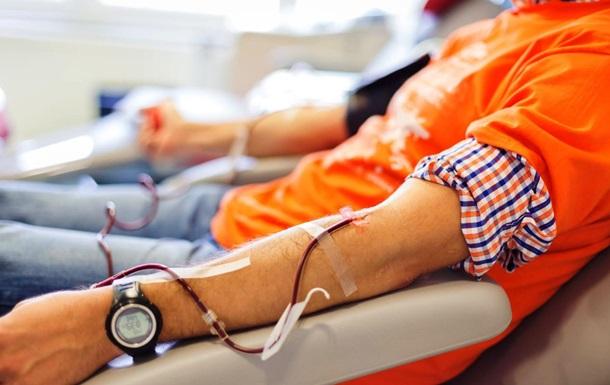 Американец сдал 303 литра крови и спас почти 2 тысячи жизней