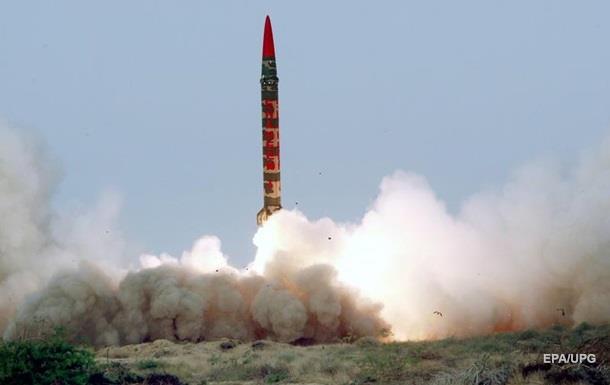 Пакистан испытал баллистическую ракету