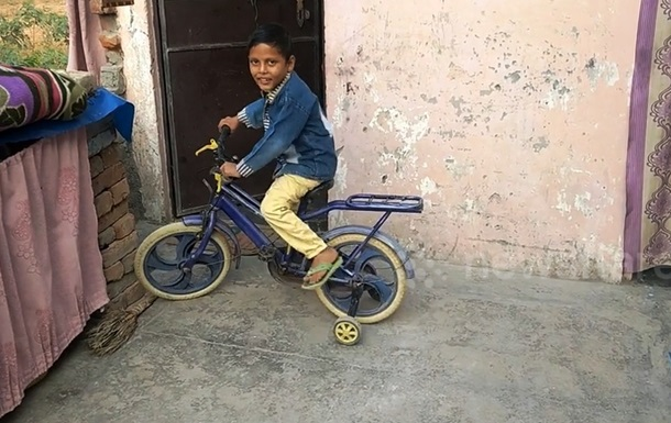 В Індії шестирічну дитину зробили божеством