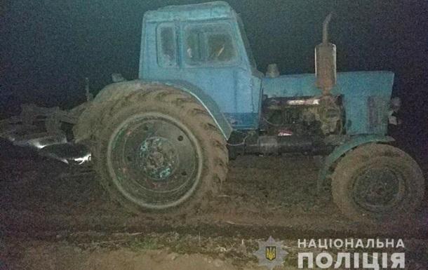 У Вінницькій області зі стріляниною затримували тракториста