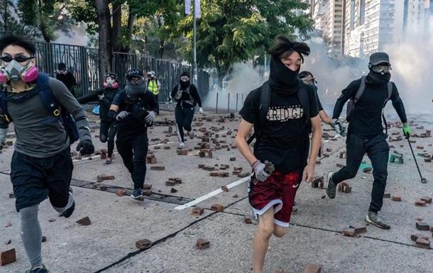 Верховний суд Гонконгу скасував заборону на маски