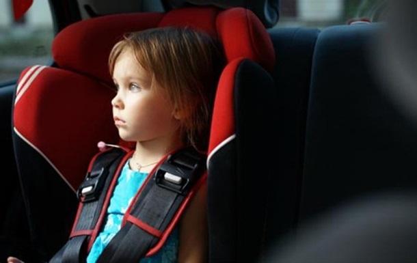 Стало известно, когда начнут штрафовать за детские автокресла