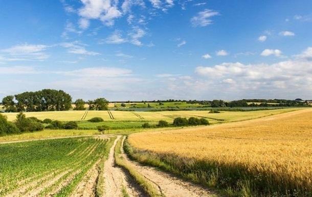 В Кабмине разработали механизм недопуска иностранцев к рынку земель