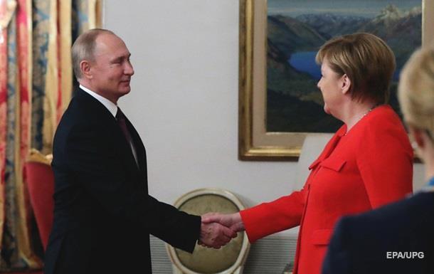 Путин дал Меркель обещание по транзиту газа