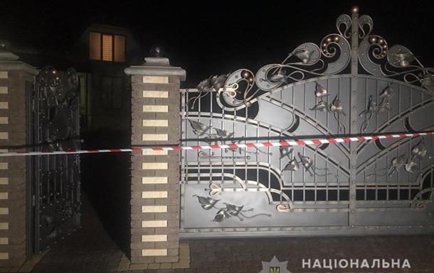 На Буковині банда в масках напала на будинок і катувала подружжя