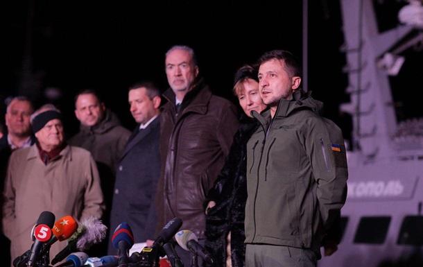 РФ попросять повернути обладнання, зняте з кораблів - президент