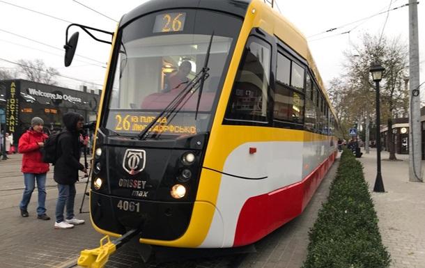 В Одесі вивели на маршрут найдовший трамвай в Україні