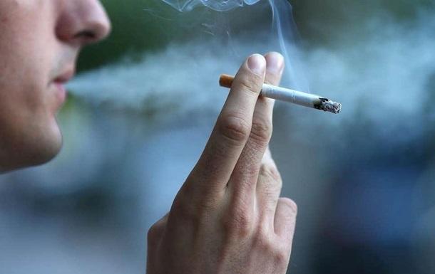В Киеве оштрафовали более 1000 курильщиков в запрещенных местах