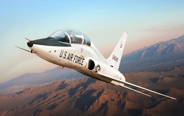 Военный самолет разбился в США: есть жертвы