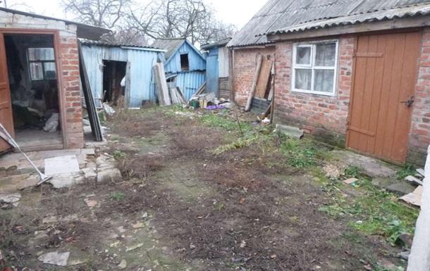 В Сумской области мужчина продавал дом с трупом жены под кроватью