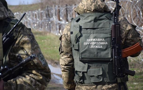 На Буковине контрабандисты пытались переехать пограничников