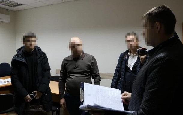 Четырем чиновникам харьковской мэрии сообщили о подозрении