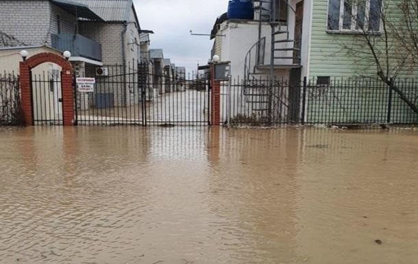 У Запорізькій області шторм затопив курорт