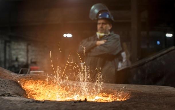 Спад промпроизводства Украины резко ускорился