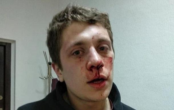 В Днепре неизвестные в балаклавах избили активистов