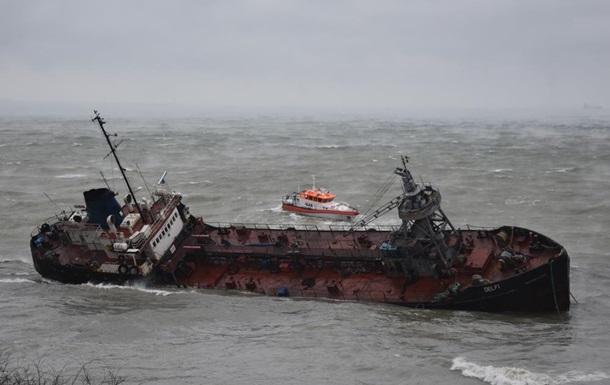 В Одессе уровень нефти в море в 157 раз выше нормы