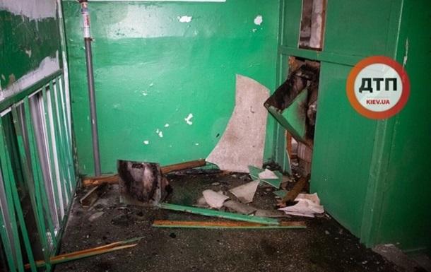 В Киеве в многоэтажке произошел взрыв