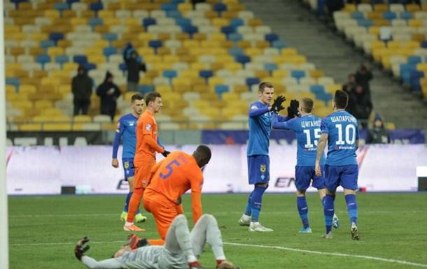 Динамо вернуло себе второе место, одержав победу над Мариуполем