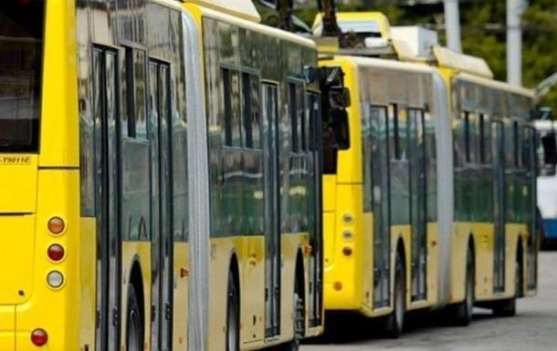 У Києві зупинилися тролейбуси