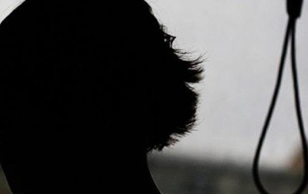 В Харькове повесилась 15-летняя девочка