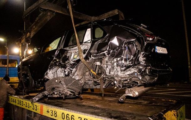 Чотири автомобілі зіткнулися у Києві