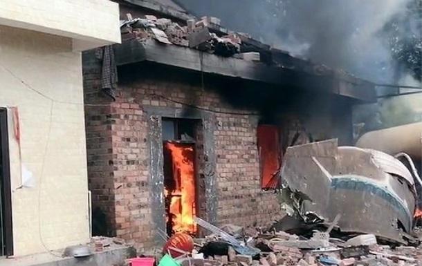 Частина китайської ракети впала на будинок