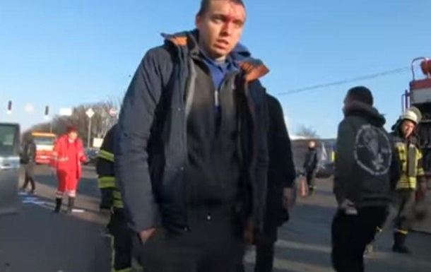 З явилося фото хлопця, який потрапив в ДТП з Кулебою