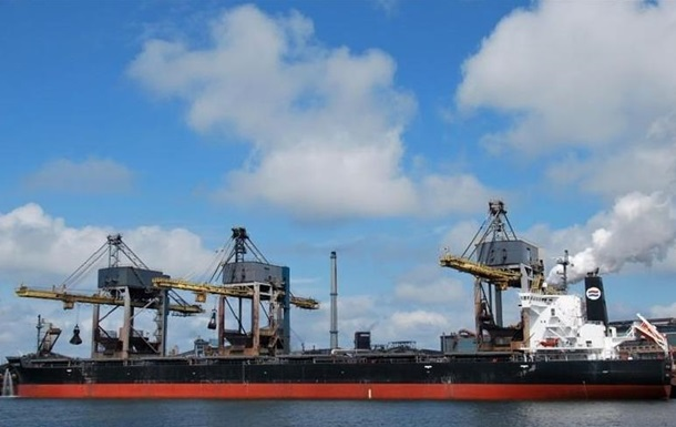 У Миколаєві митники знайшли на судні контрабандне паливо