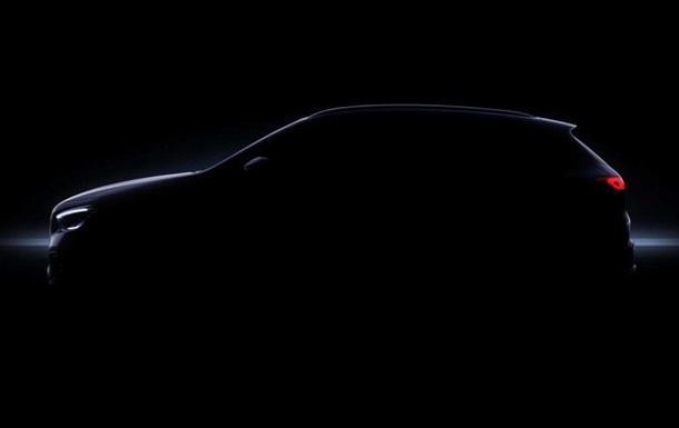 Mercedes-Benz розсекретив новий кросовер GLA